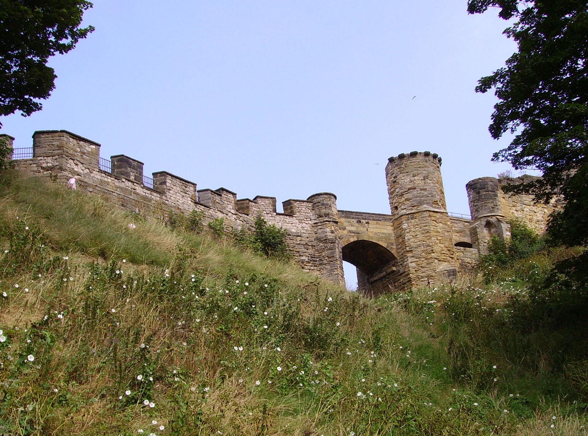 Best Castles In England: Scarborough Castle