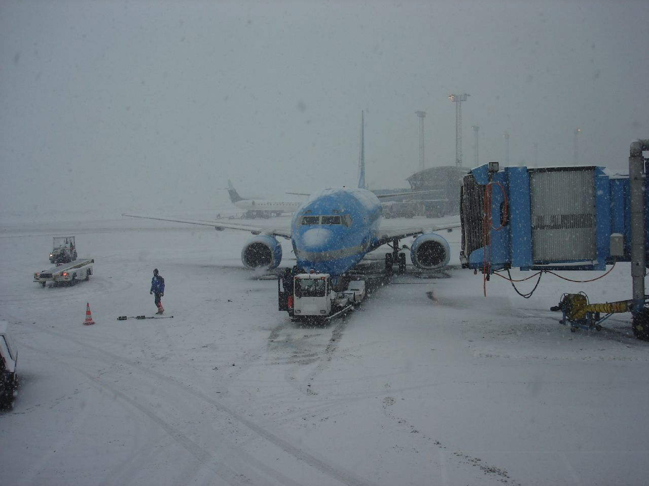 how to get to copenhagen airport