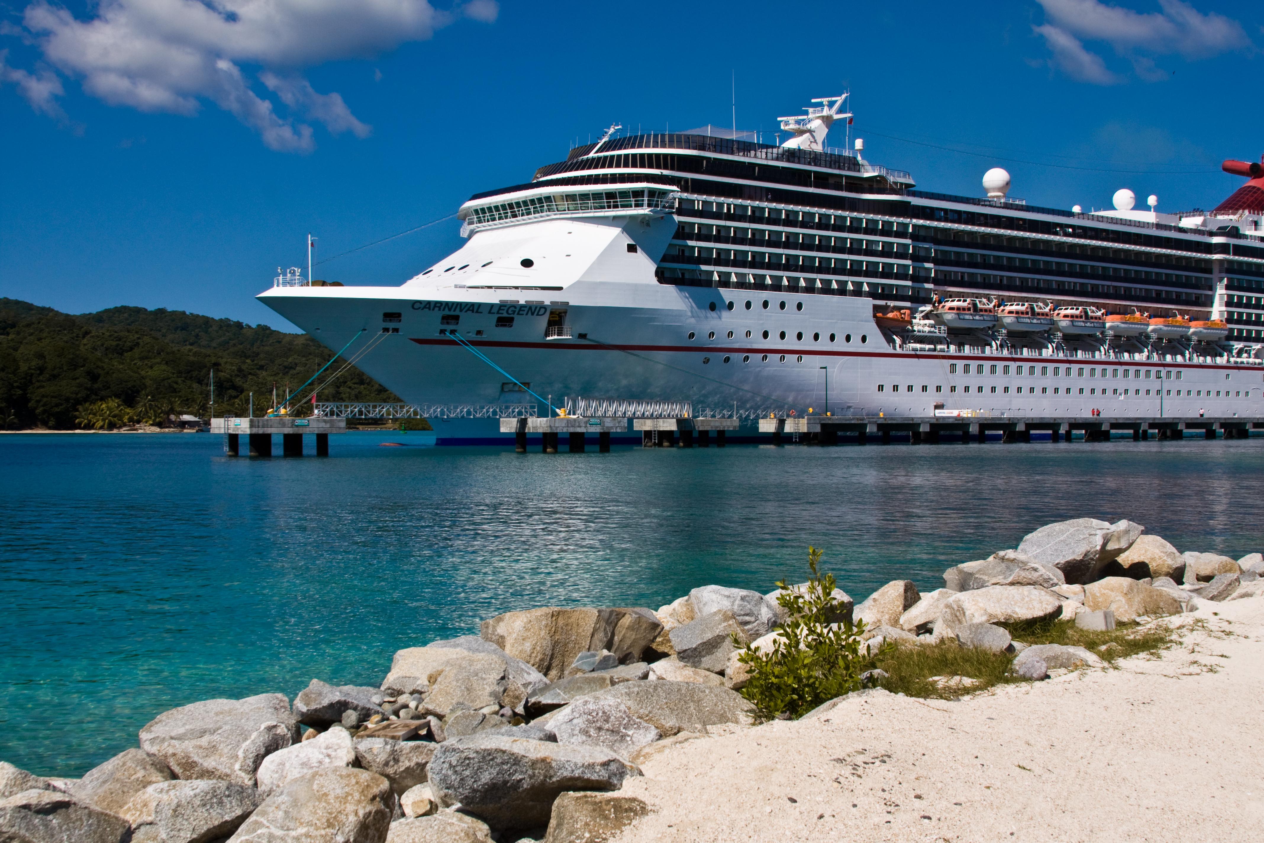 ships carnival legend cruises