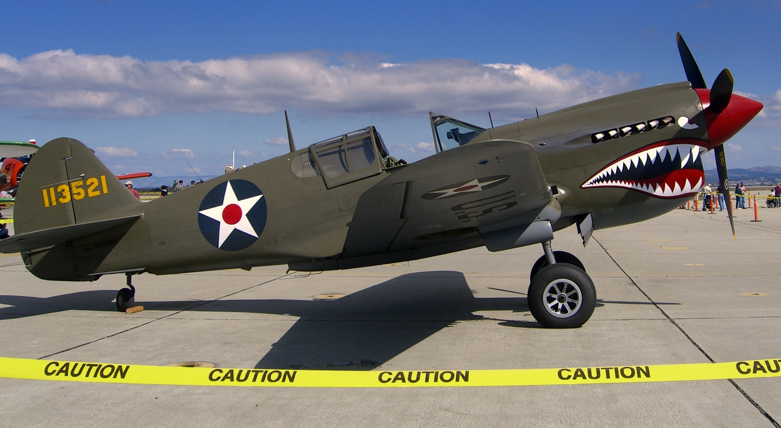 Curtiss_P-40_Warhawk.jpg
