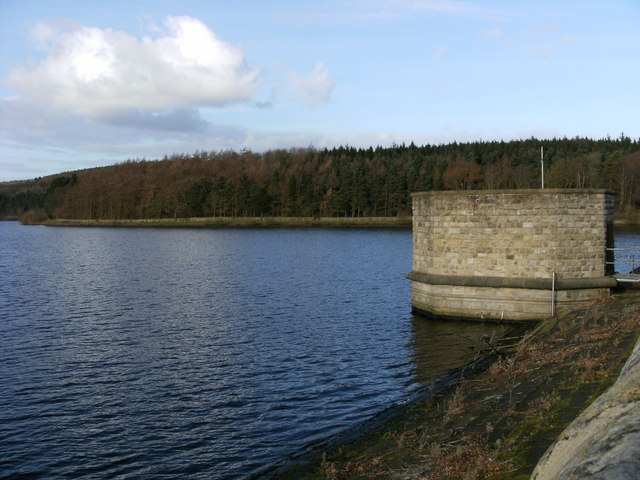Fewston Reservoir from the dam - geograph.org.uk - 1058108