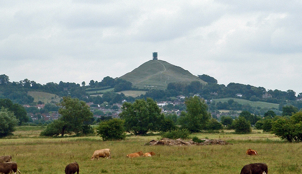 Description Glastonbury Tor.jpg