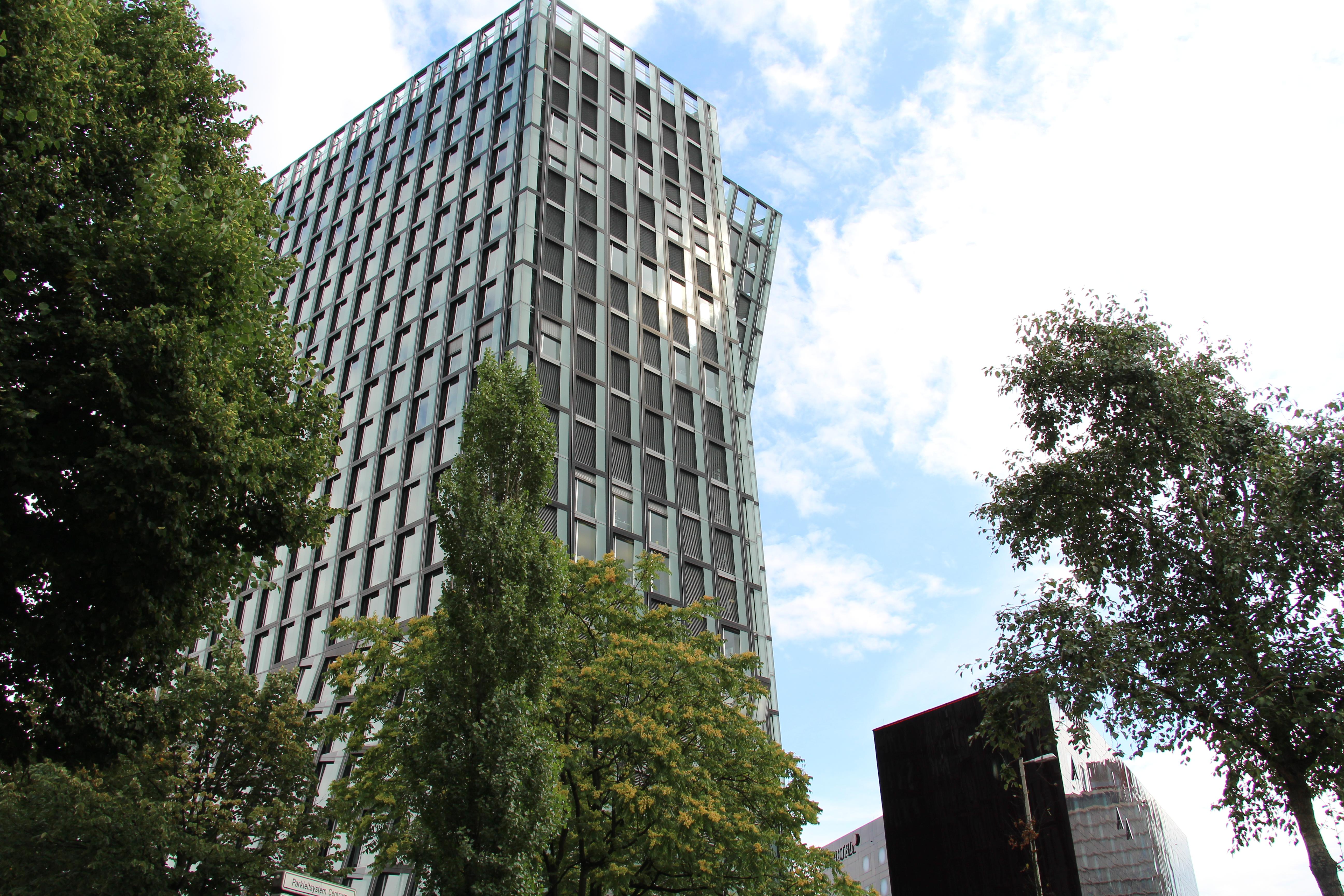 Hamburg - Tanzende Türme (3).jpg
