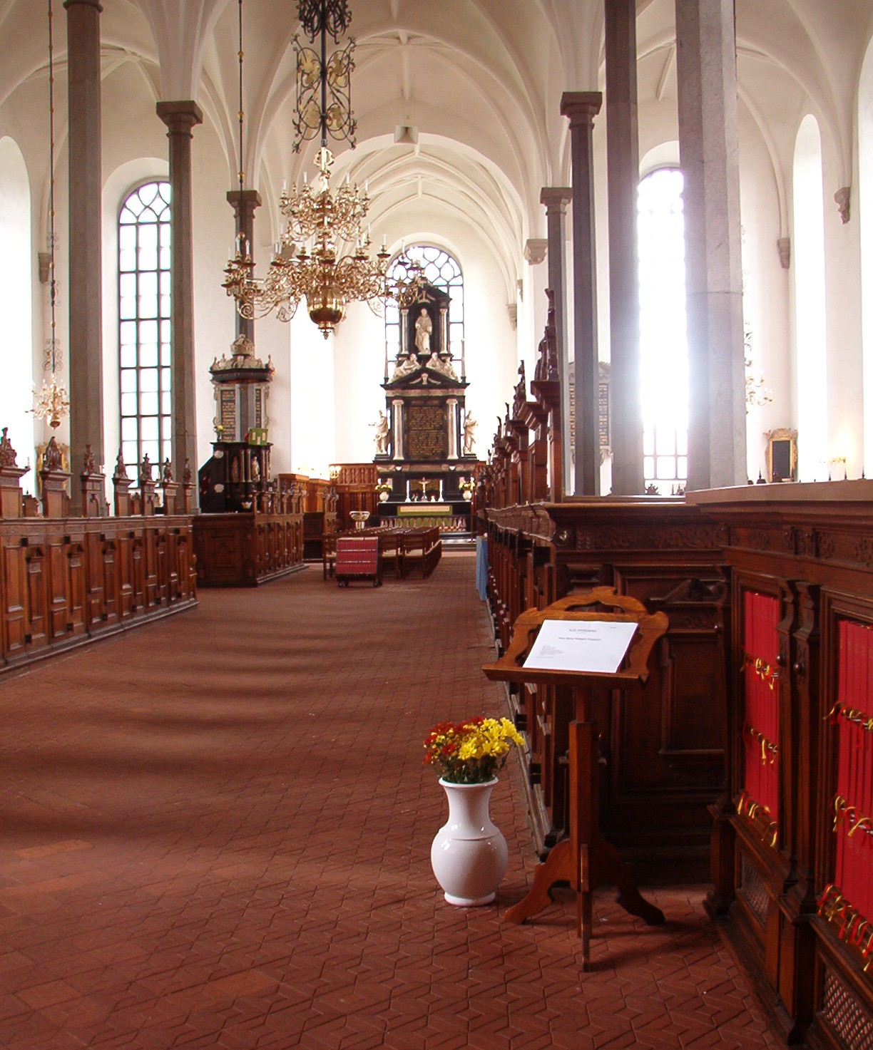 Heliga Trefaldighetskyrkan i Kristianstad, interiör