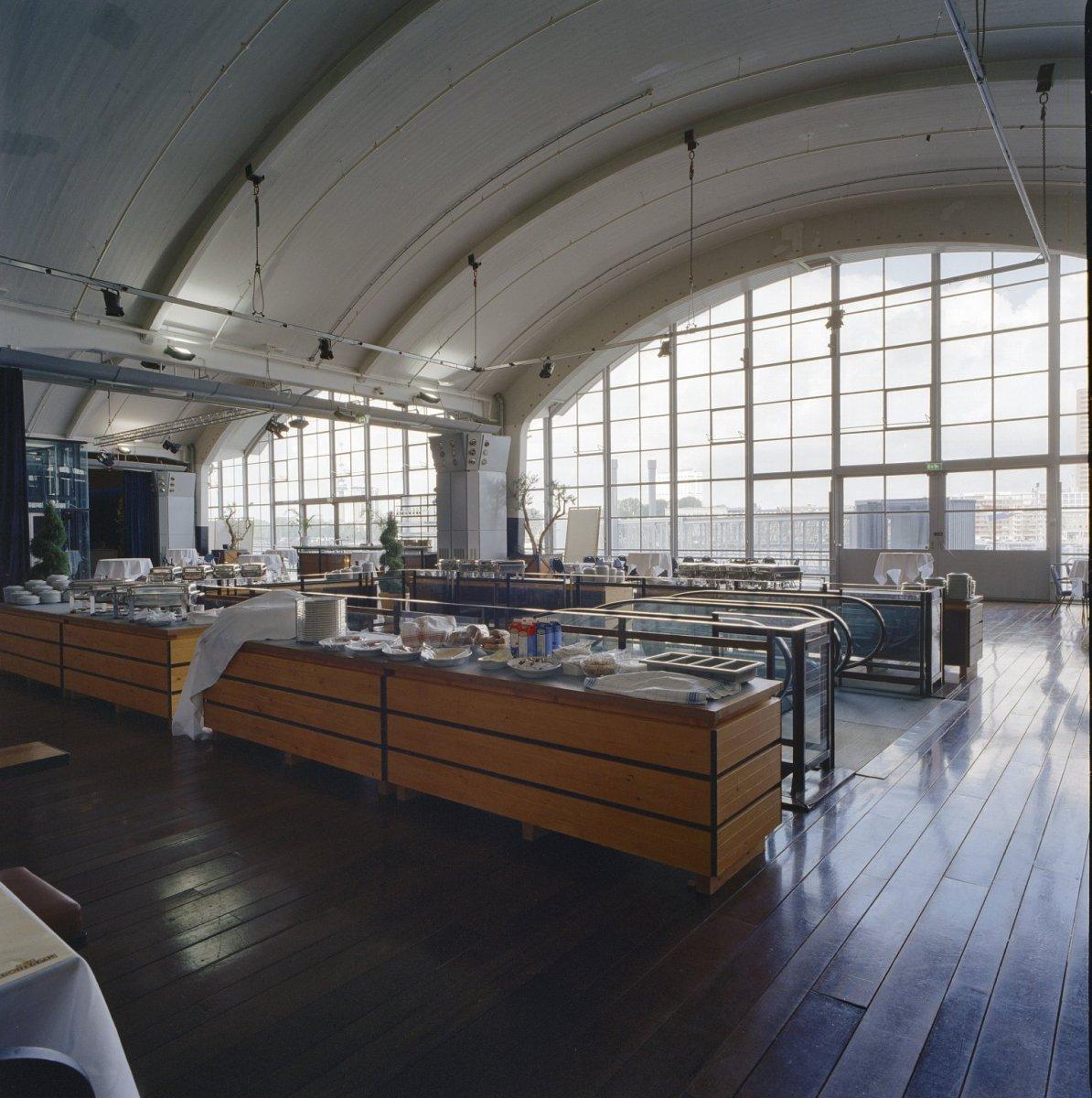 File Interieur Met Glazen Wand Thans Restaurant