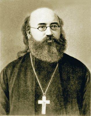 https://upload.wikimedia.org/wikipedia/commons/1/16/Ioann_Vostorgov%2C_1900s.jpg