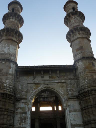 File:Kevada Masjid, Champaner 10.JPG