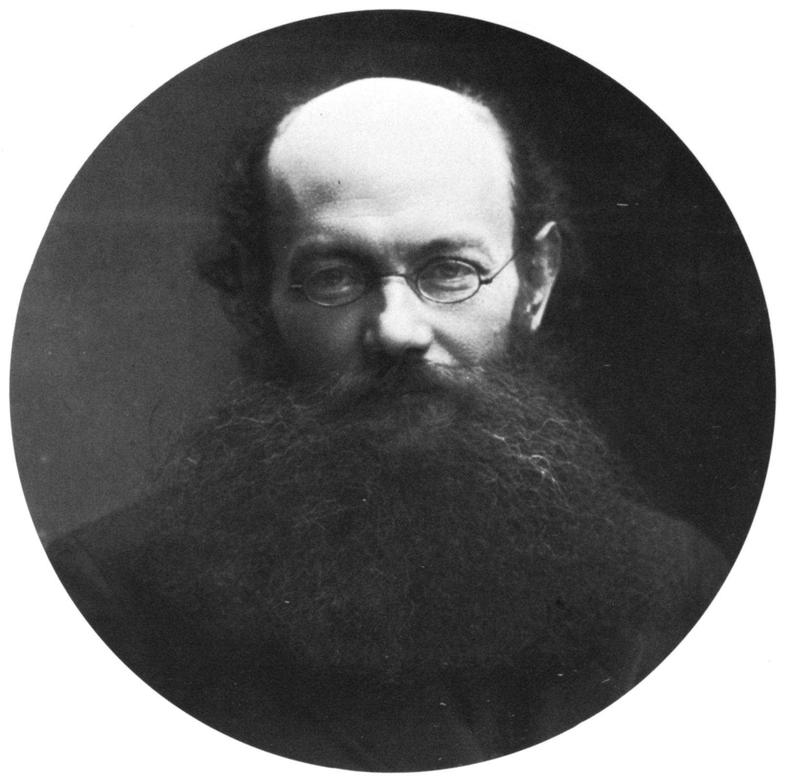 Retrato fotográfico de Piotr Kropotkin sacado de la Wikipedia