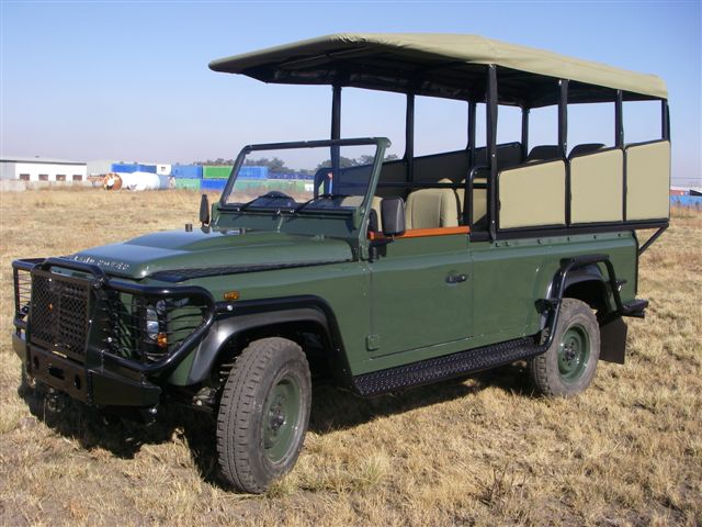 File Land Rover Game Drive Vehicle Jpg Wikimedia Commons