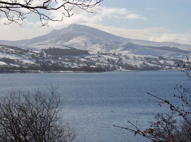 File:Llyn Tegid near Llanycil - geograph.org.uk - 1152589.jpg