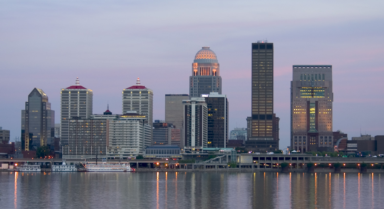 http://upload.wikimedia.org/wikipedia/commons/1/16/Louisville_Skyline.jpg