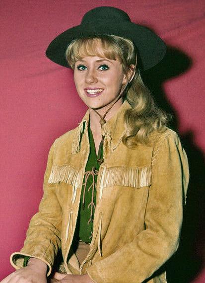 Melody Patterson - Wikipedia