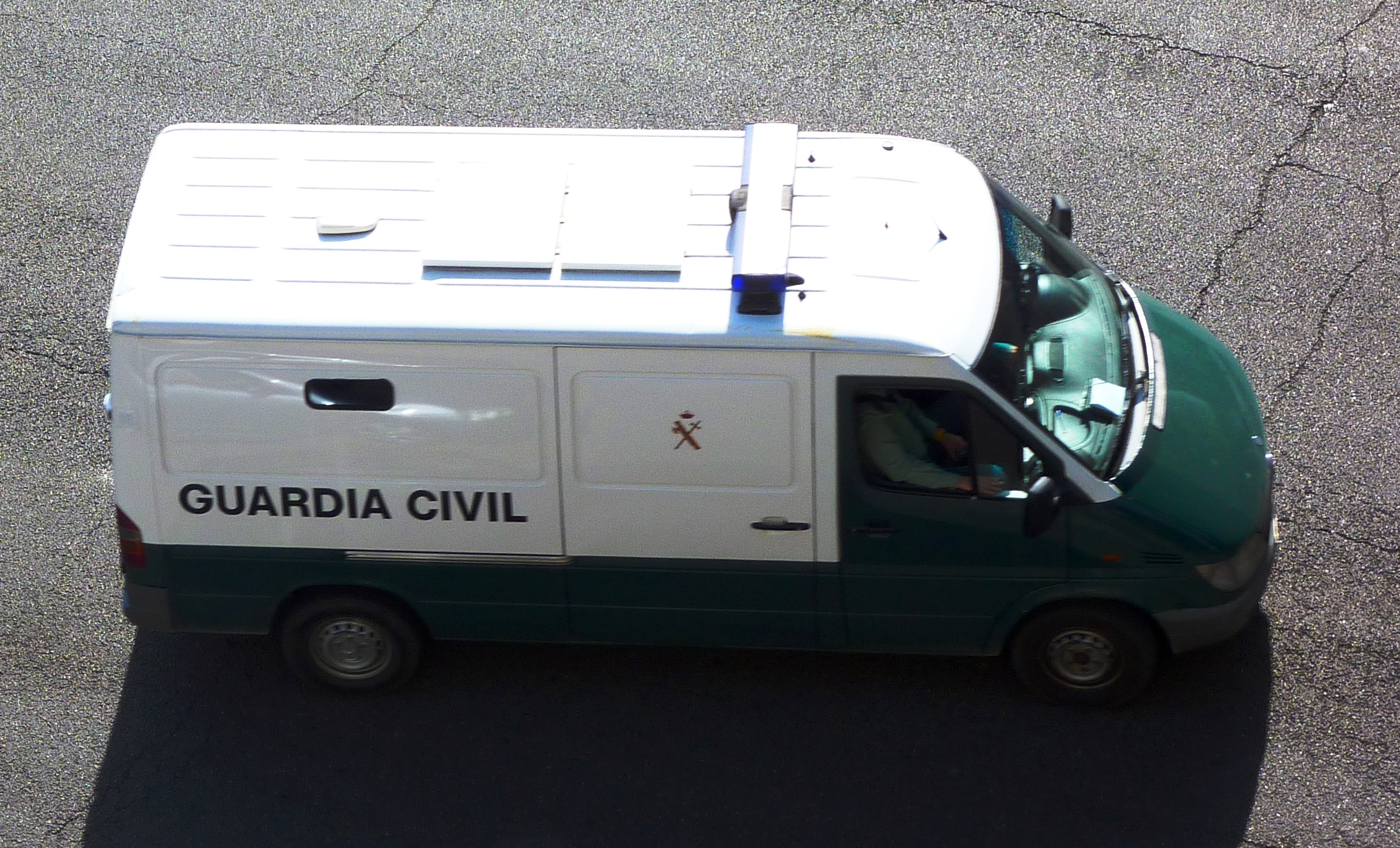 Mercedes Sprinter Wiki >> File:Mercedes-Benz Sprinter Guardia Civil.JPG - Wikimedia ...