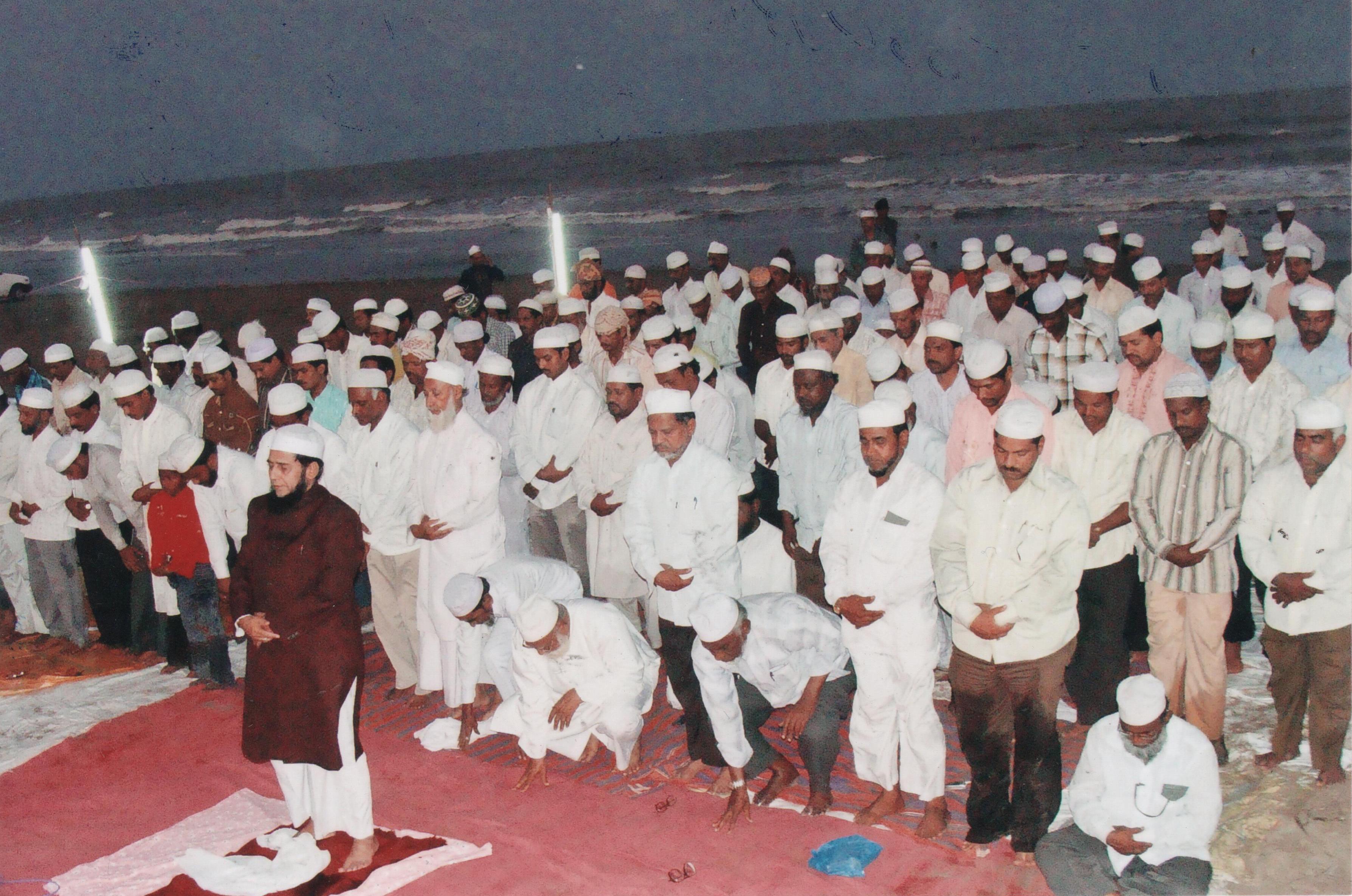 kamalia muslim Kamalia: pakistan muslim league-nawaz (pml-n) president shehbaz sharif on sunday criticised imran khan for voting in favour asif ali zardari's candidate for deputy chairman in the senate elections, despite having lambasted the former president on numerous occasions.