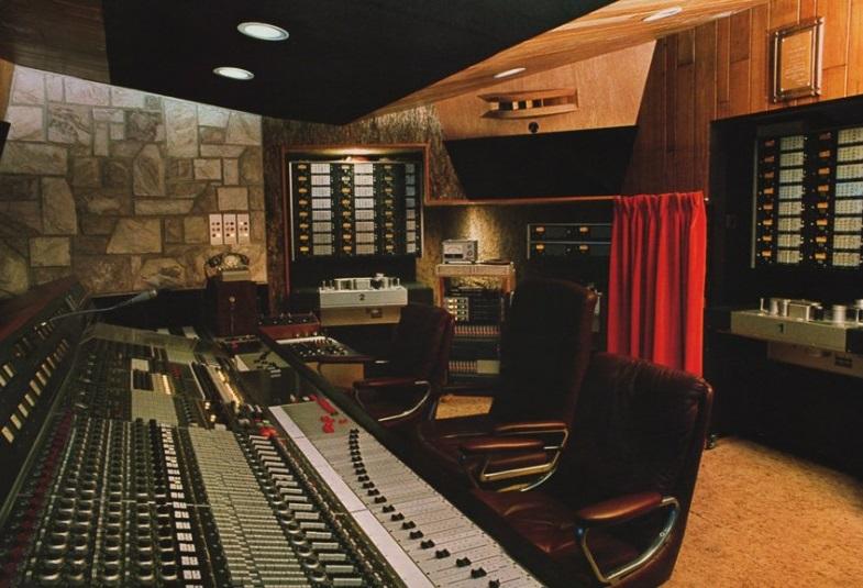 Mountain studios wikip dia for House music 1996
