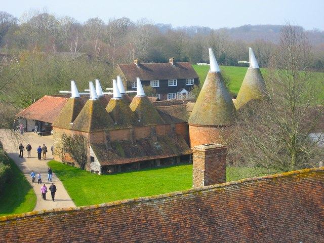 Oast House at Sissinghurst Castle, Biddenden Road, Sissinghurst, Kent - geograph.org.uk - 578461