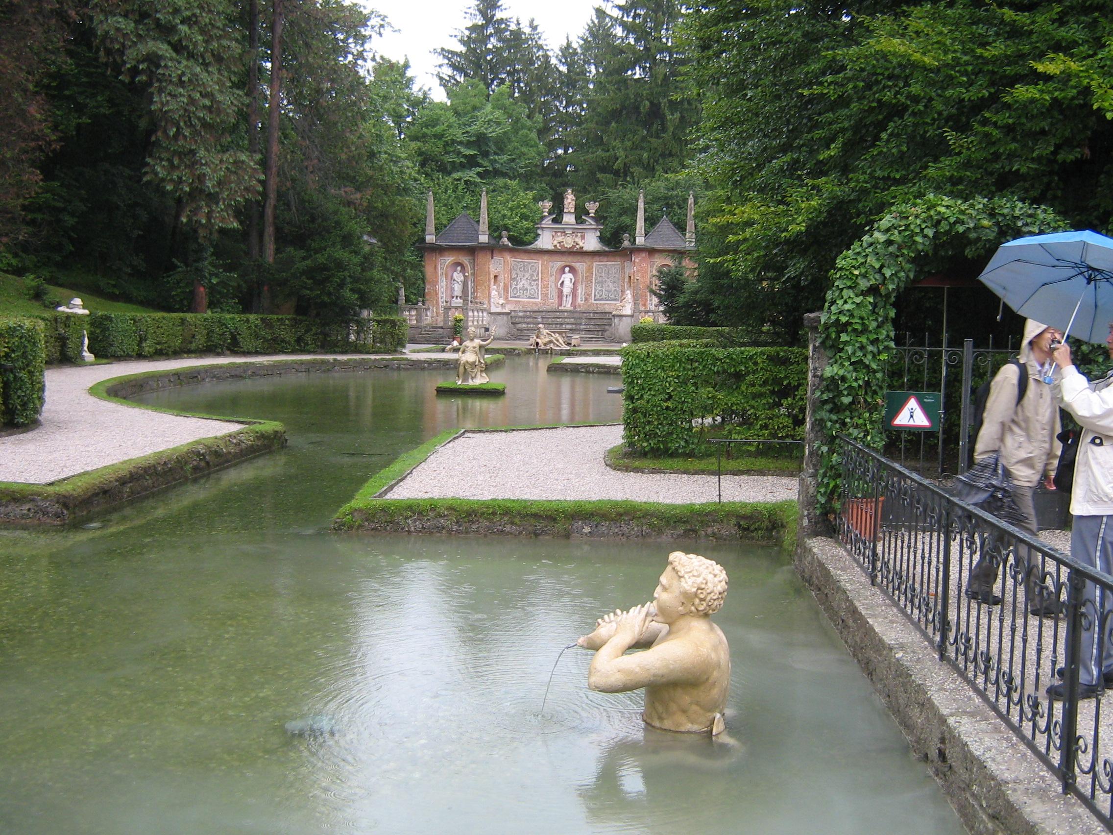 File:Ornamental pool in Hellbrunn Palace, Salzburg ...