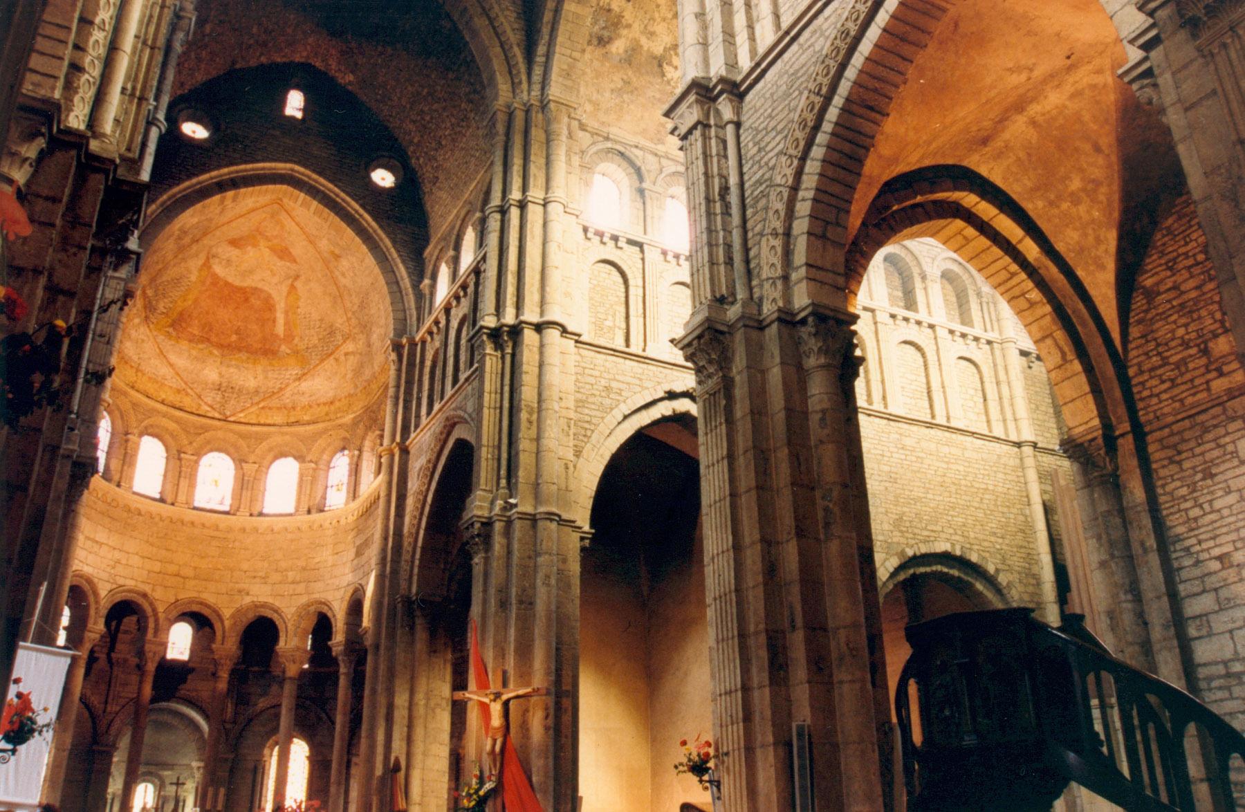 File paray le monial interieur for Le for interieur