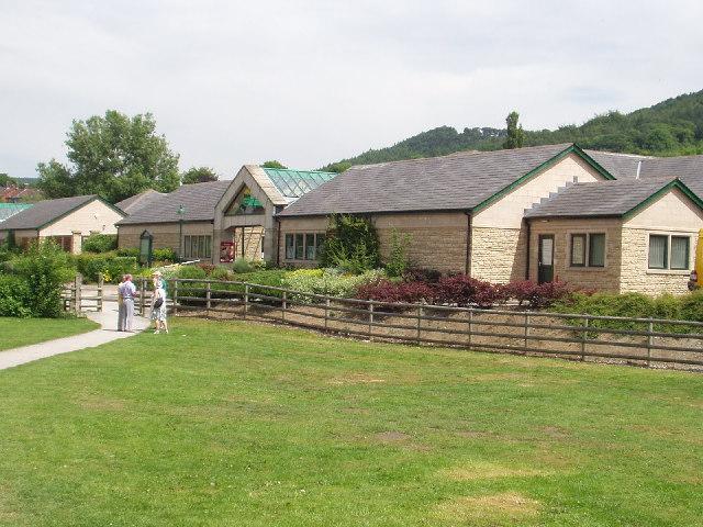 Peak Village, Rowsley - geograph.org.uk - 30086