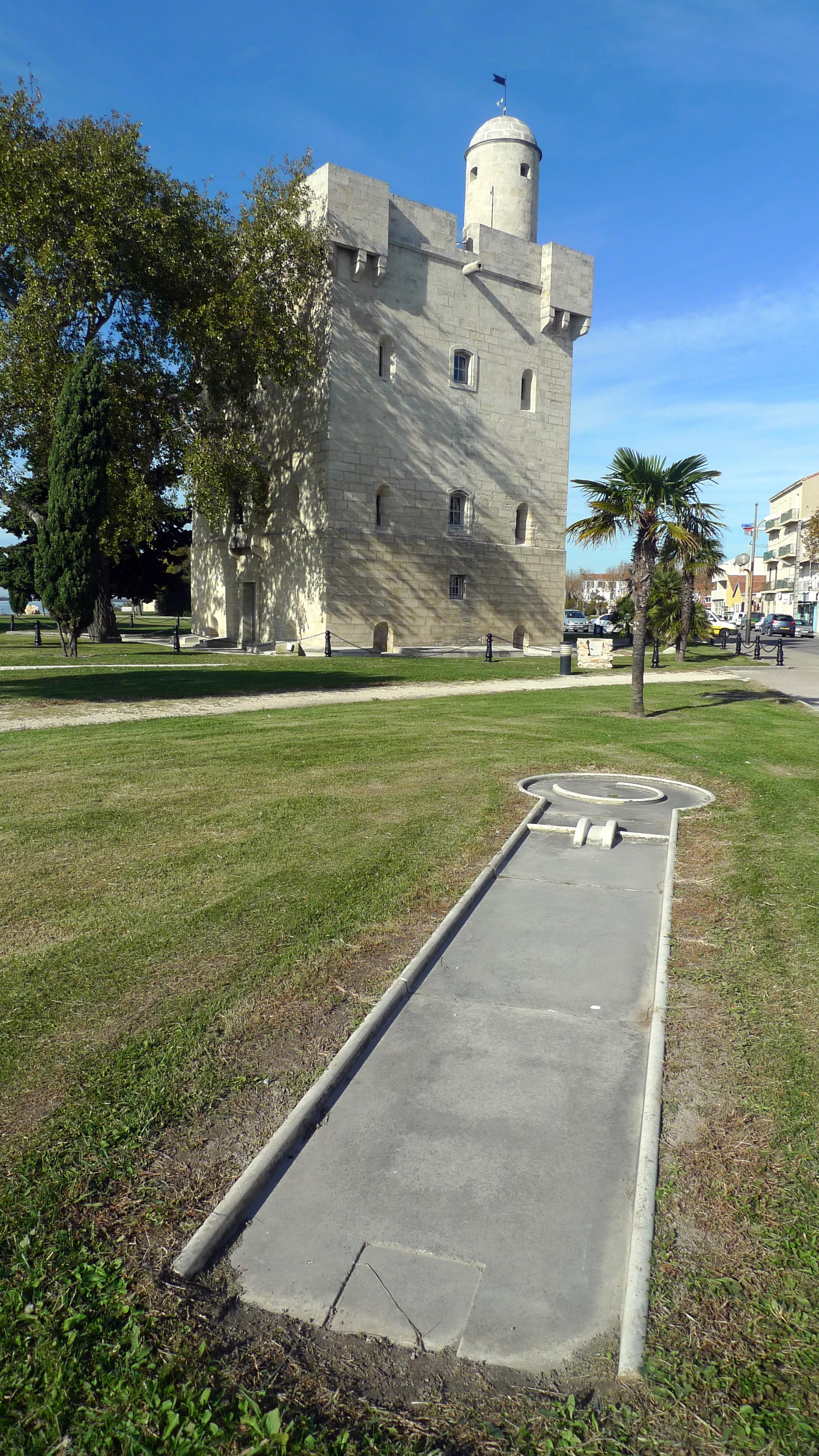File port saint louis du rh ne mini golf et office du - Office du tourisme port saint louis du rhone ...
