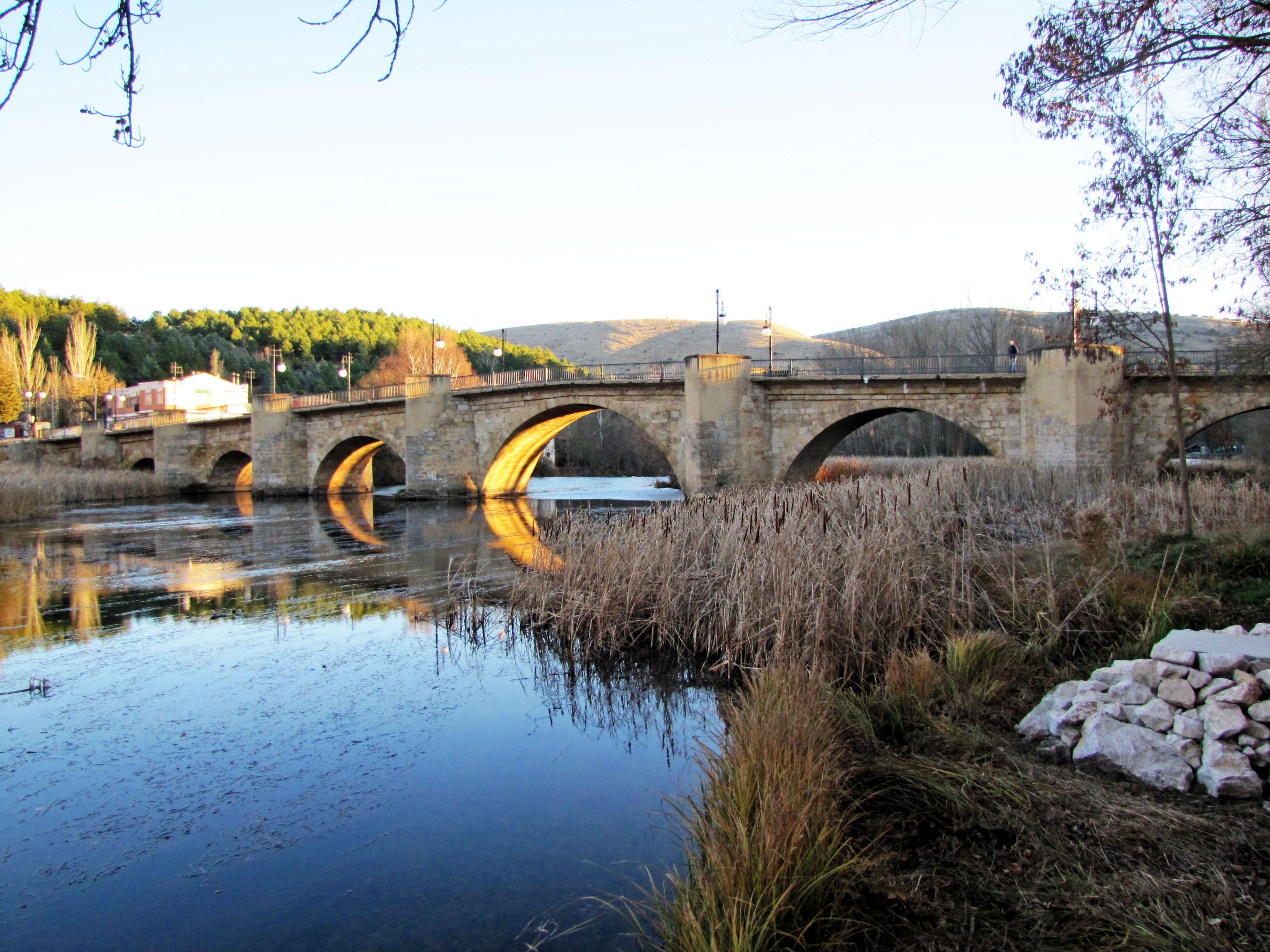 Puente de Piedra (Soria) - Wikipedia, la enciclopedia libre