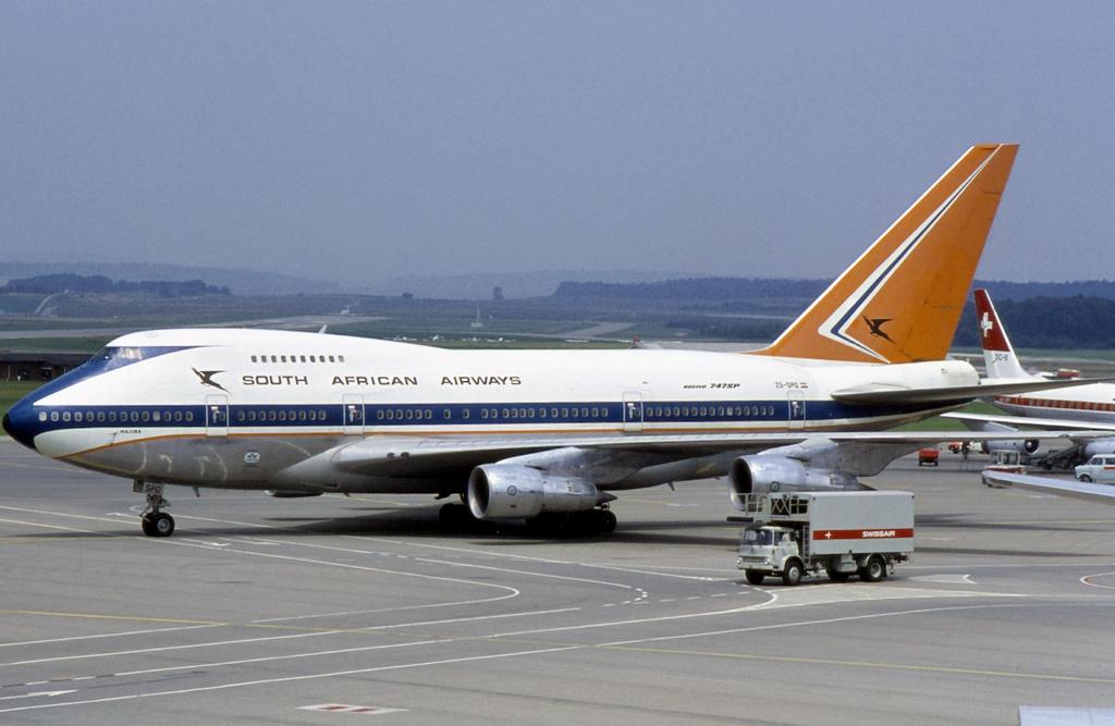 File Saa Boeing 747sp Haafke 2 Jpg Wikimedia Commons