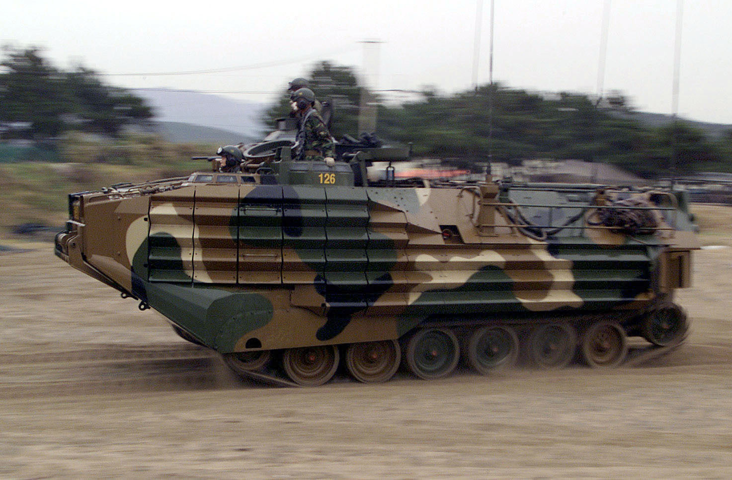 South_Korean_AAV7A1_Amphibious_Assault_V