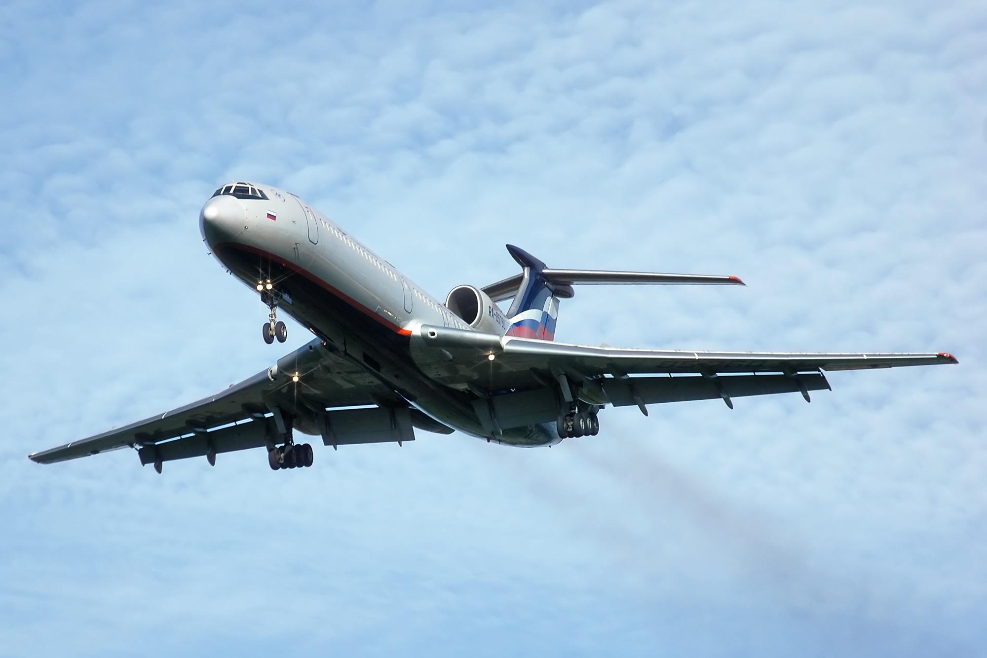 Tupolev_Tu-154.jpg