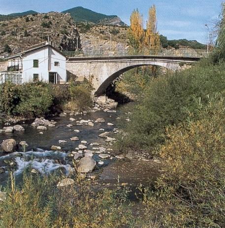 File:Villanua pont.jpg