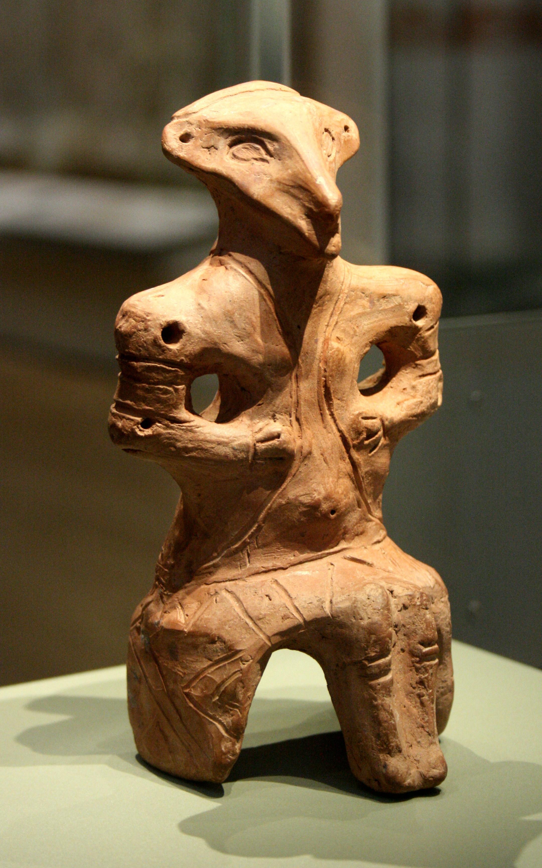 Vinca clay figure
