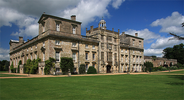 File:Wilton House East Front - geograph.org.uk - 831865.jpg