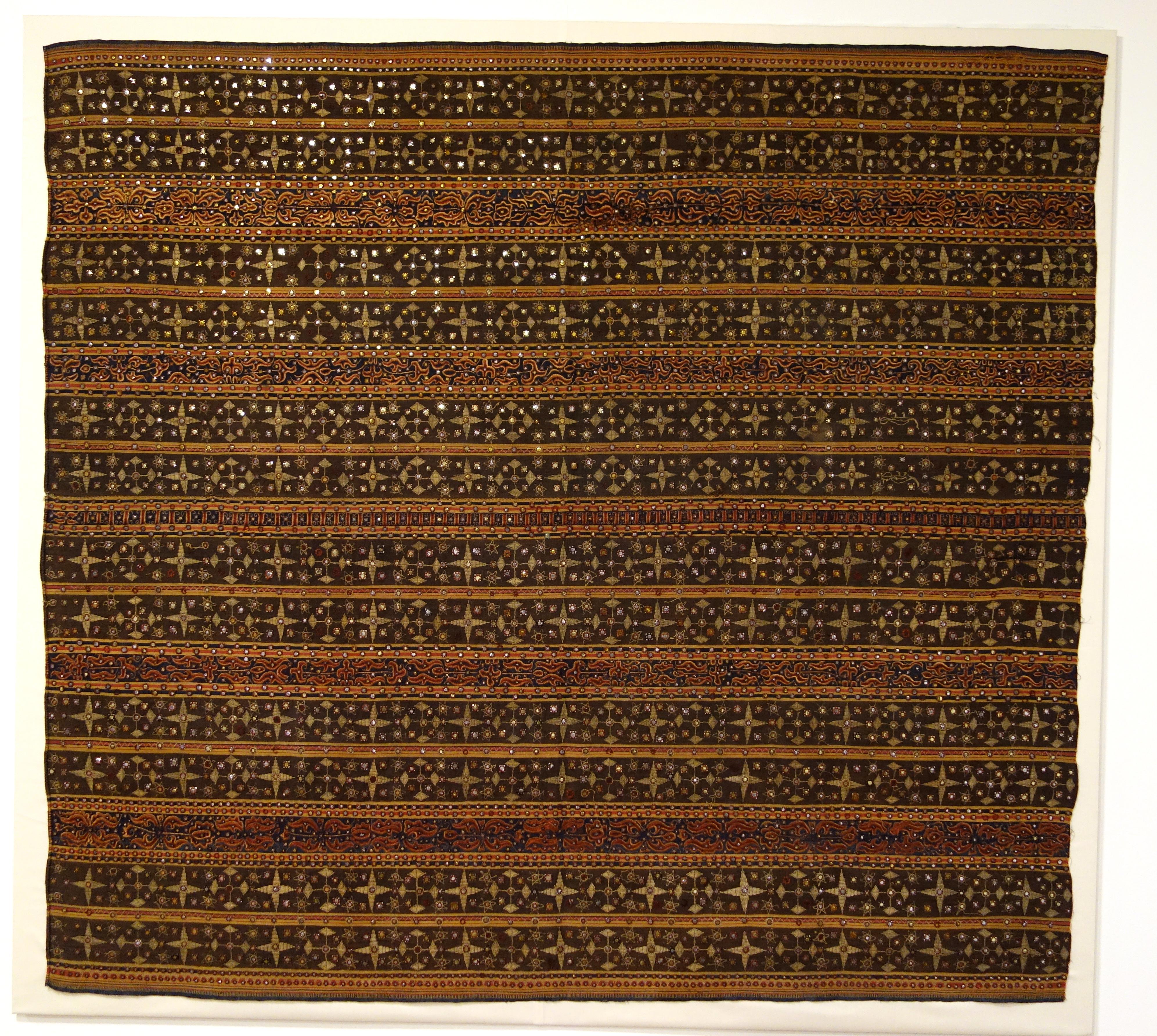 file woman 39 s ceremonial skirt tapis kauer people. Black Bedroom Furniture Sets. Home Design Ideas