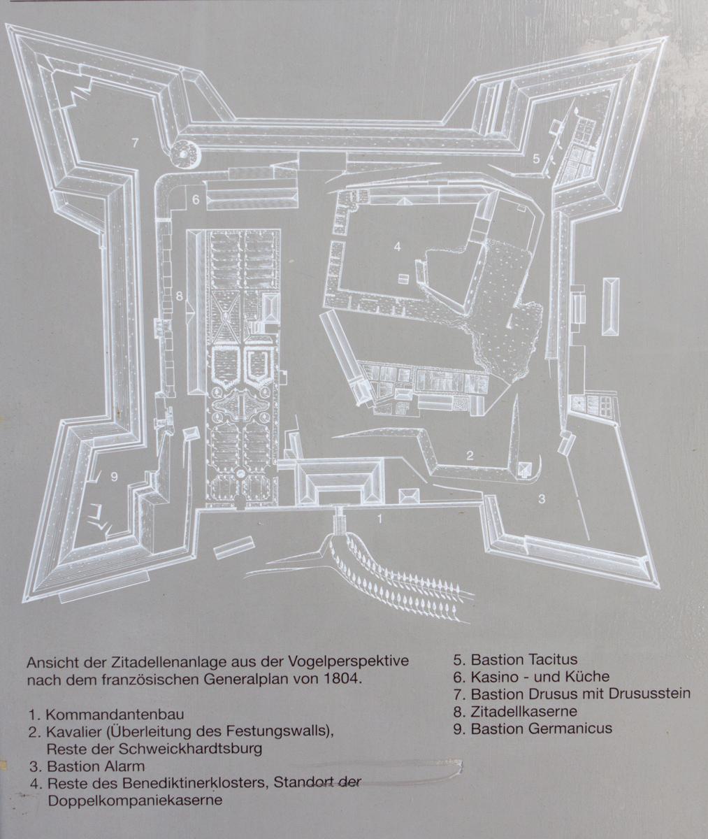 File:Übersichtsplan-Zitadelle-Mainz.jpg