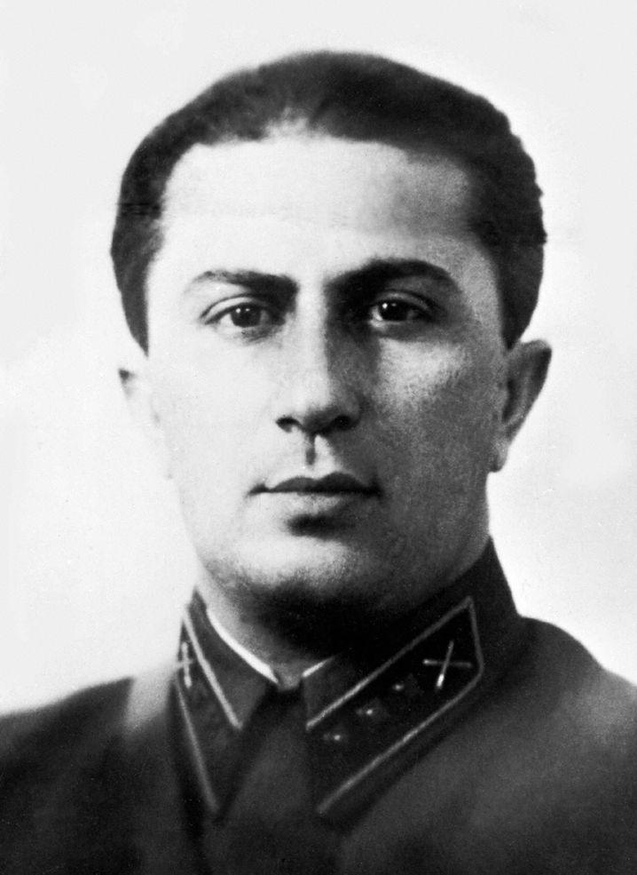 Джугашвили, Яков Иосифович — Википедия