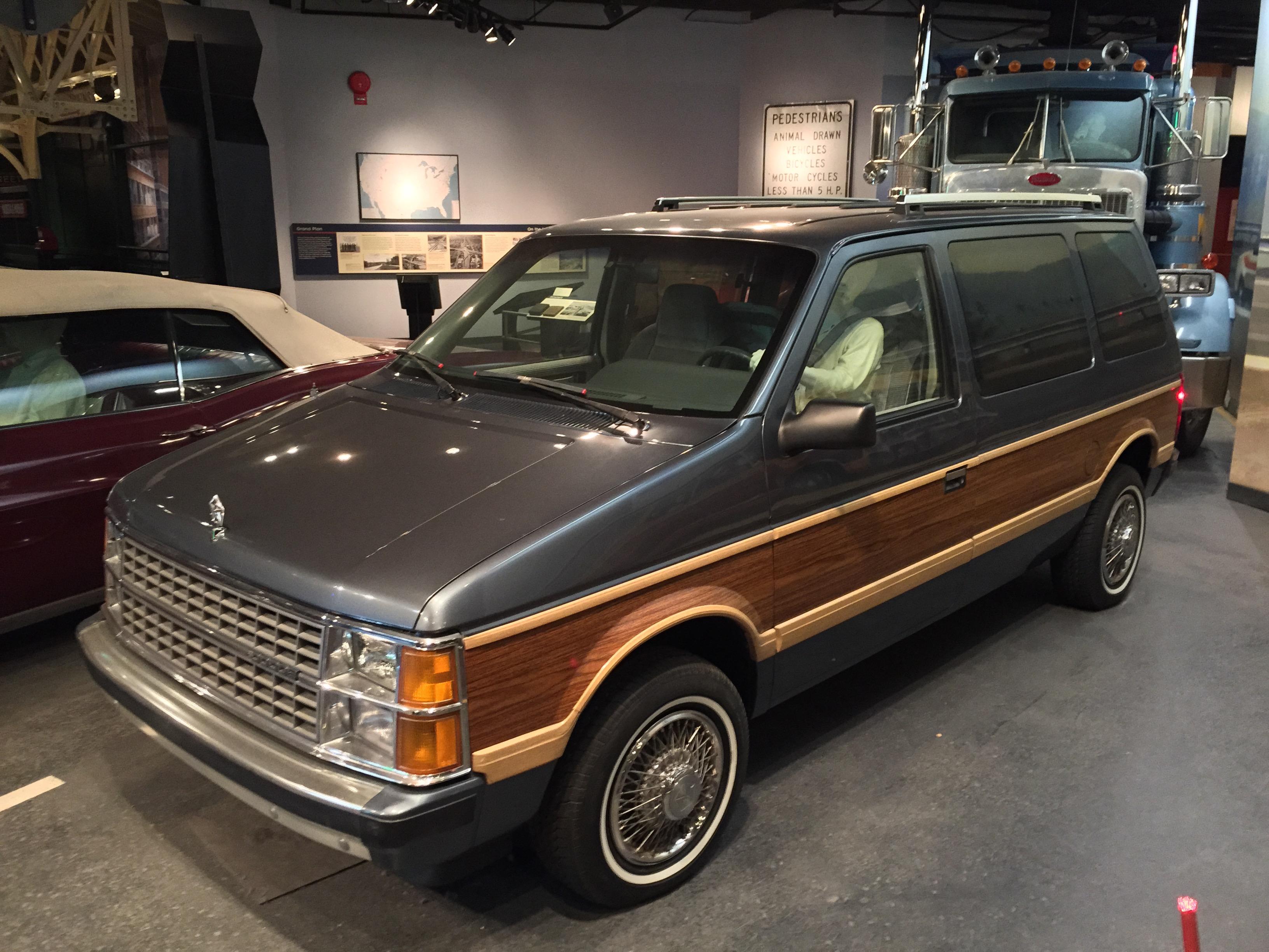 File 1986 Dodge Caravan Smithsonian National Museum Of American