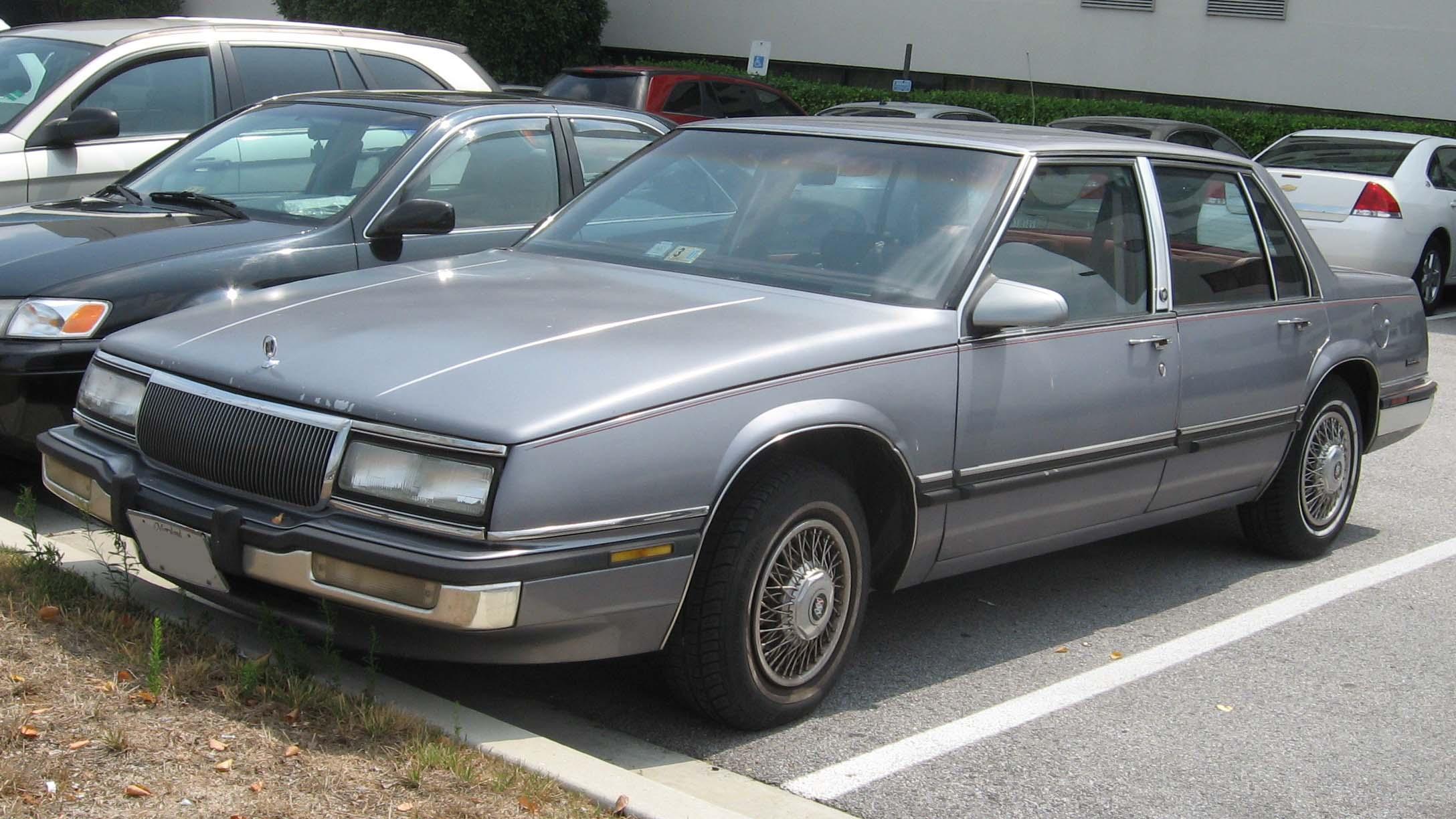 File 1990 91 Buick Lesabre Jpg Wikimedia Commons