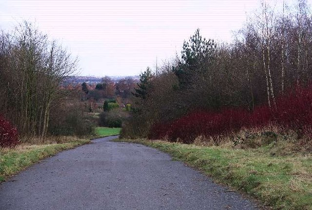 Access road, Broxtowe country park - geograph.org.uk - 99983