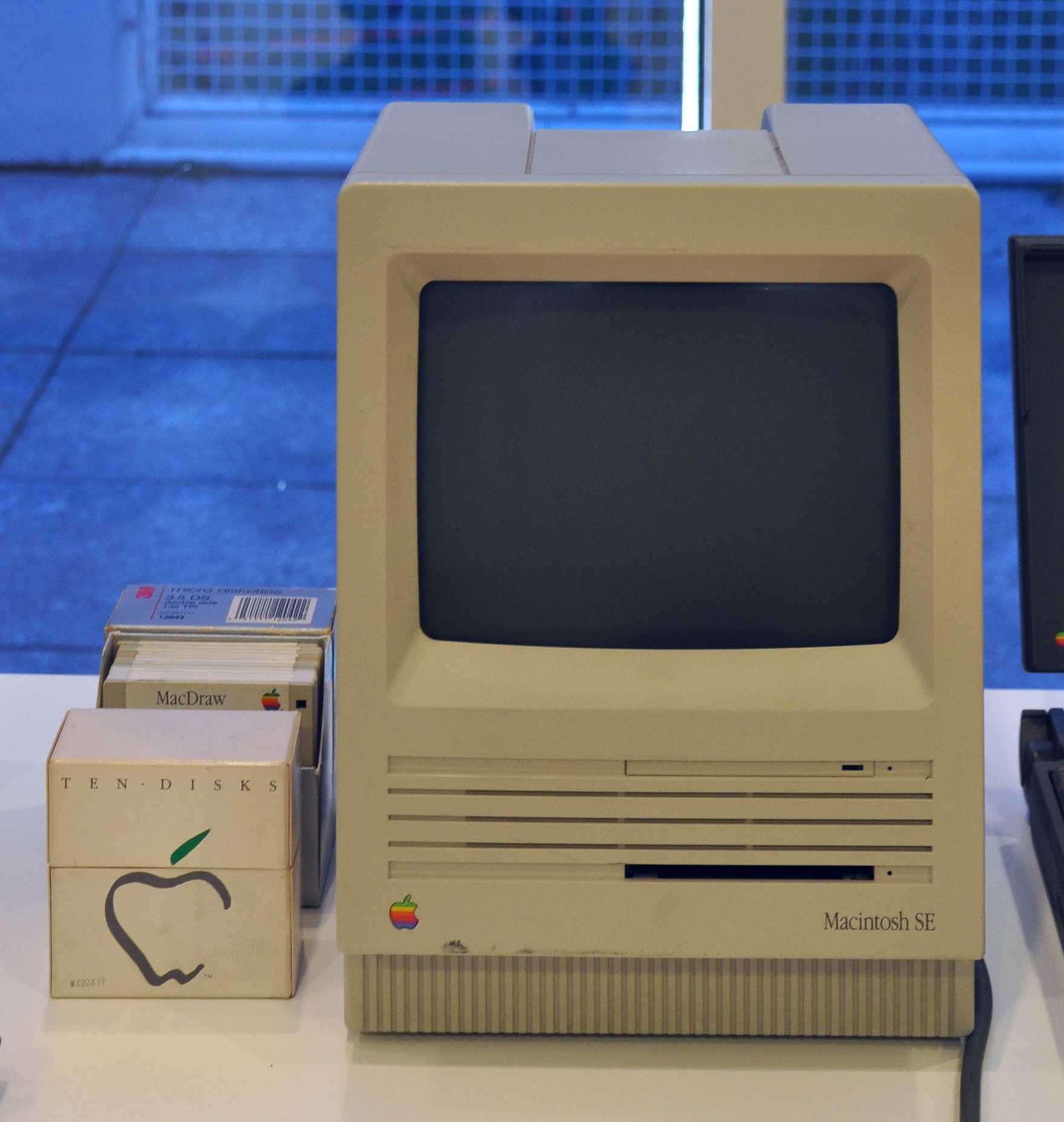 Apple Macintosh Computer, 1984