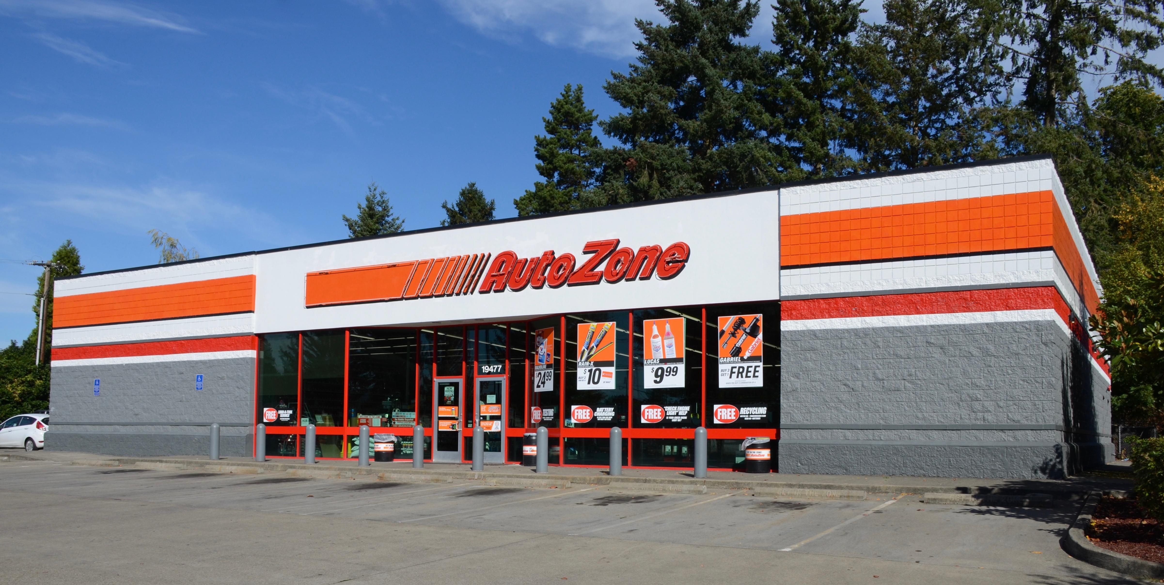 File:AutoZone store in Aloha, Oregon (2017).jpg - Wikimedia Commons