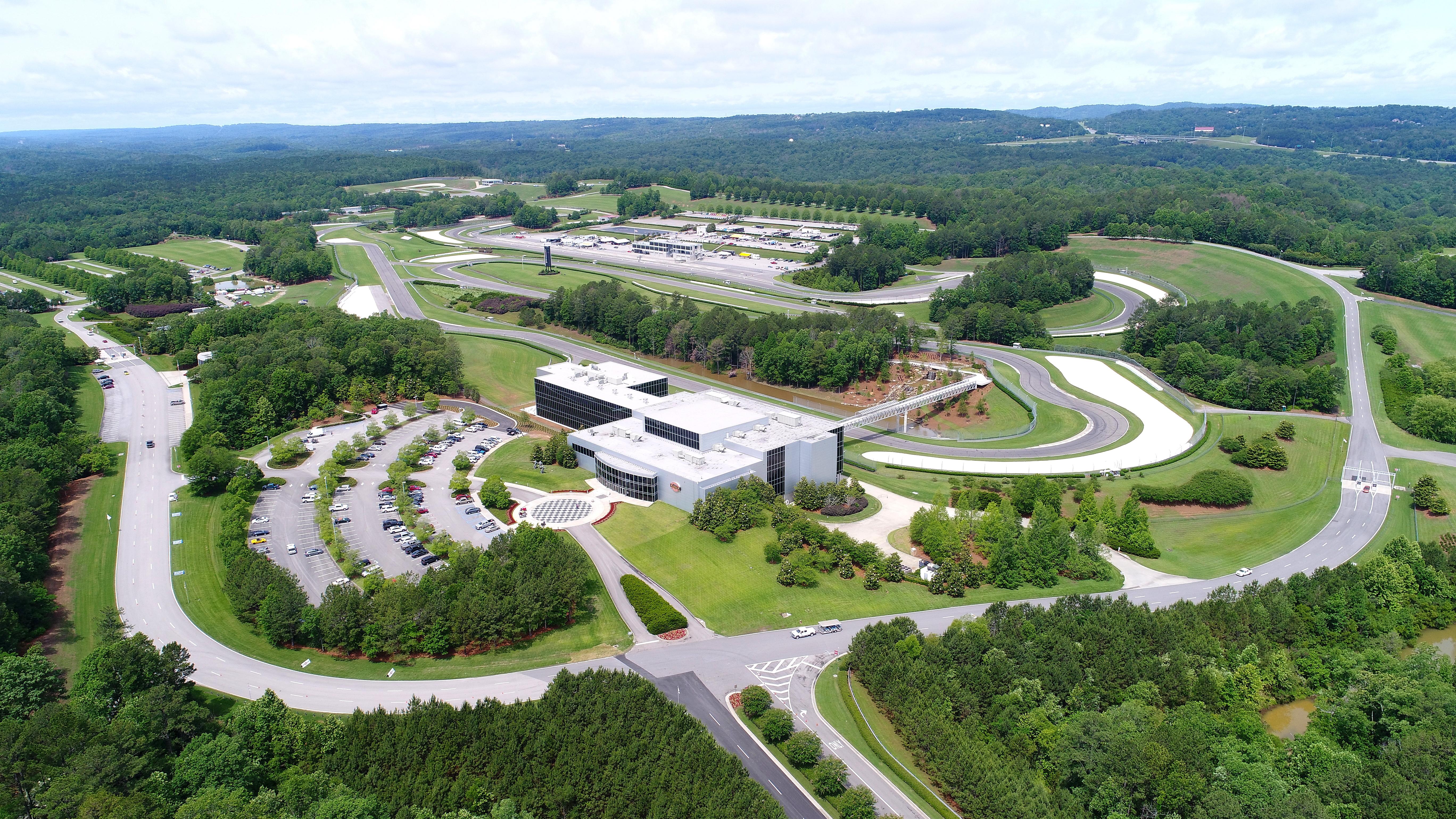 Barber Motorsports Park >> File Barber Motorsports Park Birmingham Alabama Jpg Wikimedia