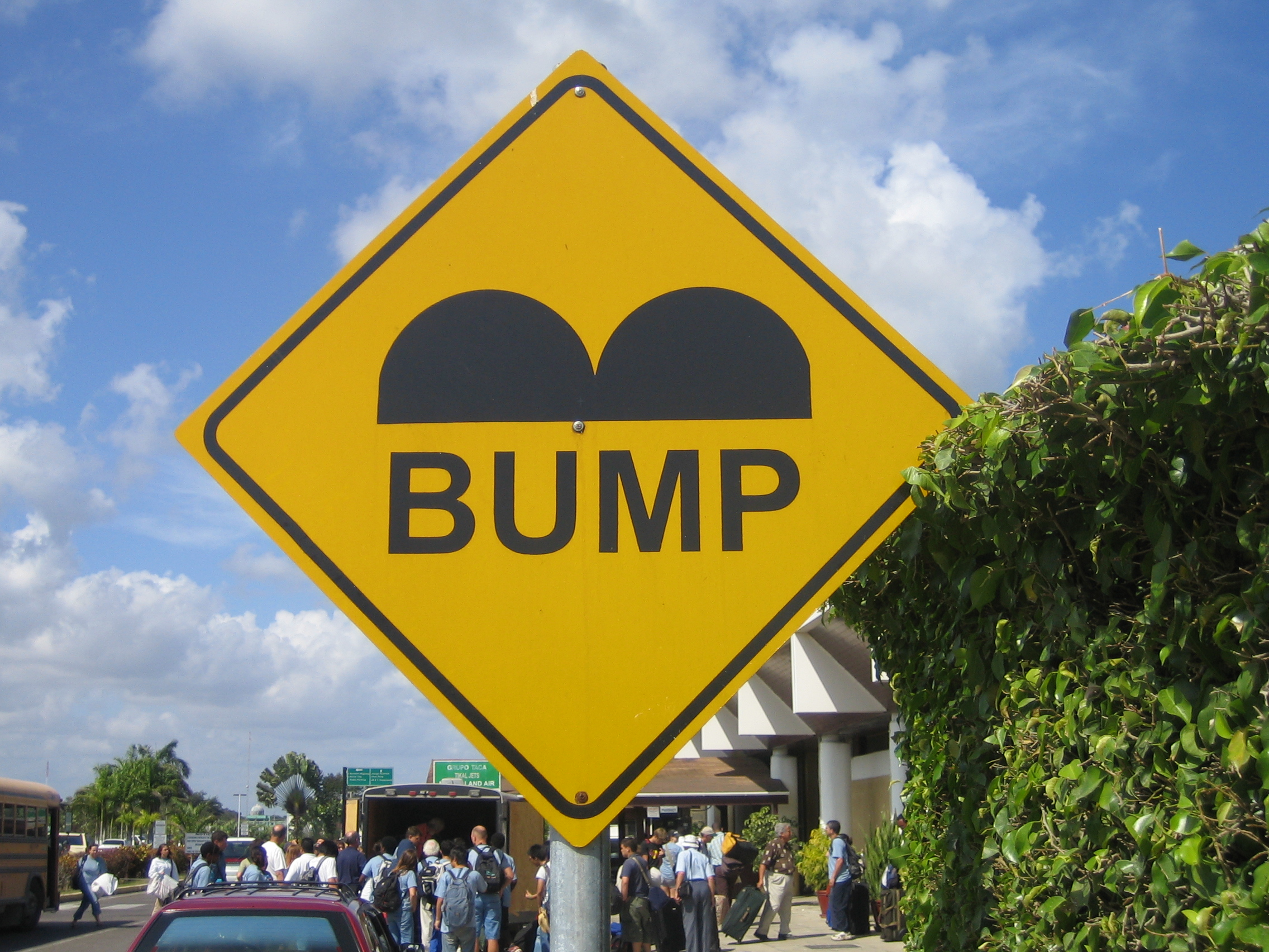 Belize_Speed_Bump_Sign.JPG