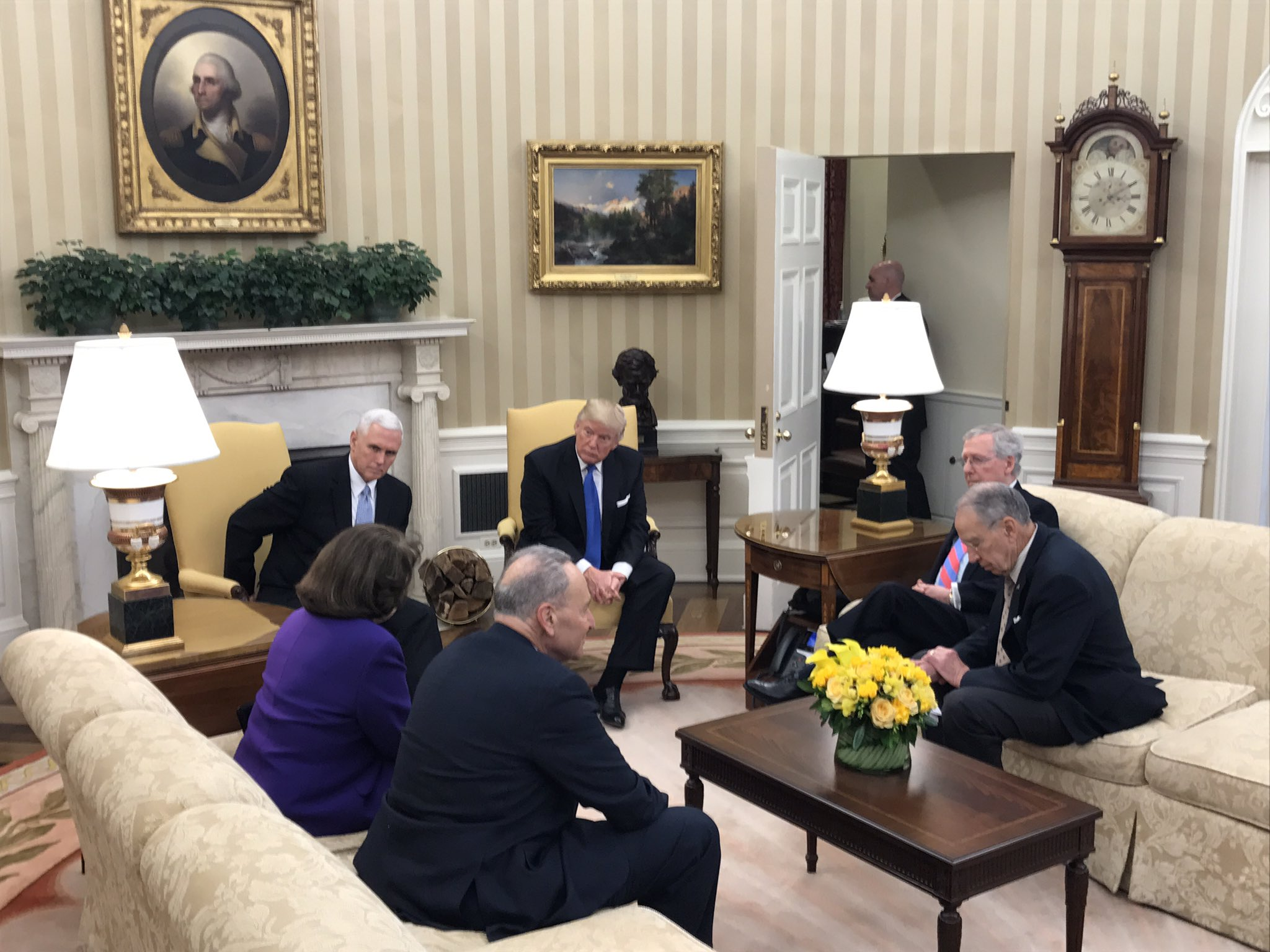 File Donald Trump And Mike Pence Meeting With Members Of The