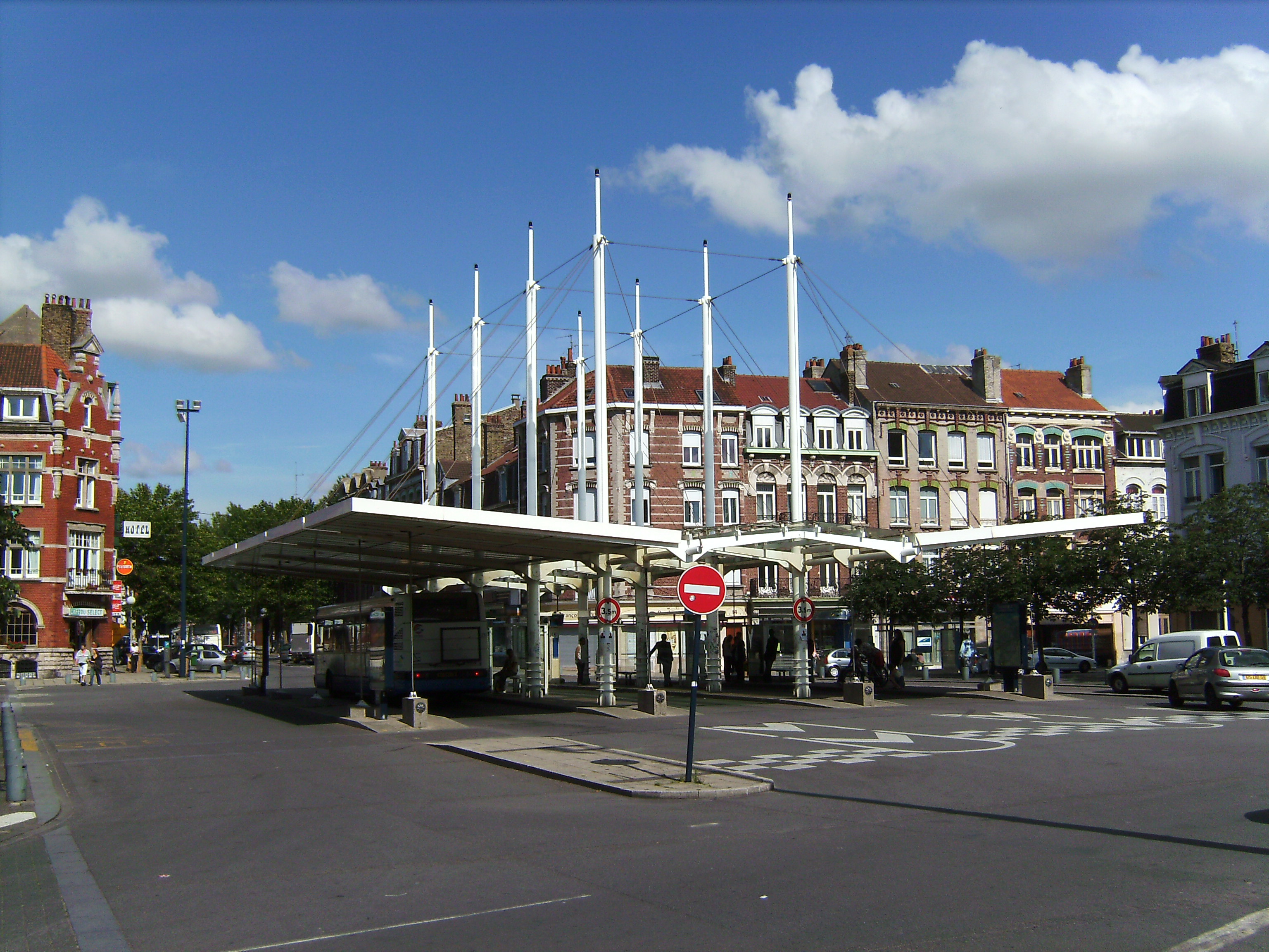 File Dunkerque Bus Station Jpg Wikimedia Commons