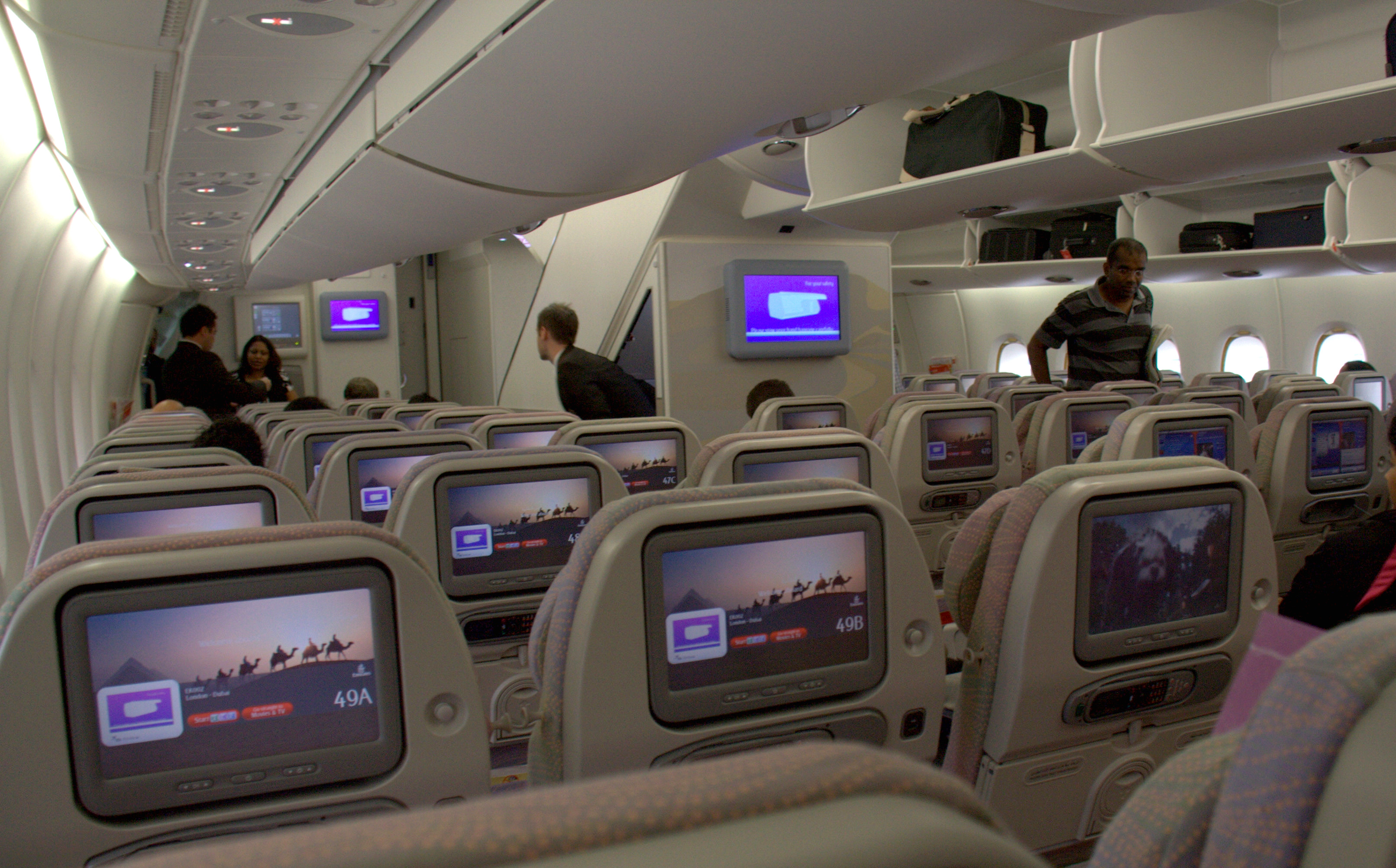 File Emirates A 380 Interior Economy Jpg Wikimedia Commons