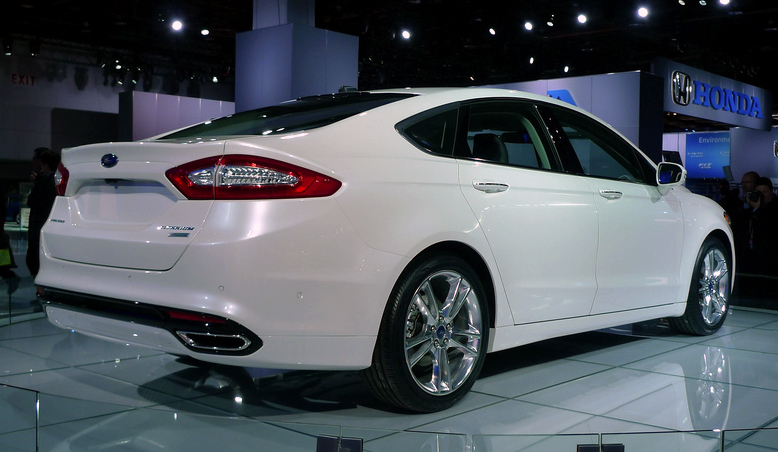 2012 ford fusion wiki for Ford motor credit bad credit