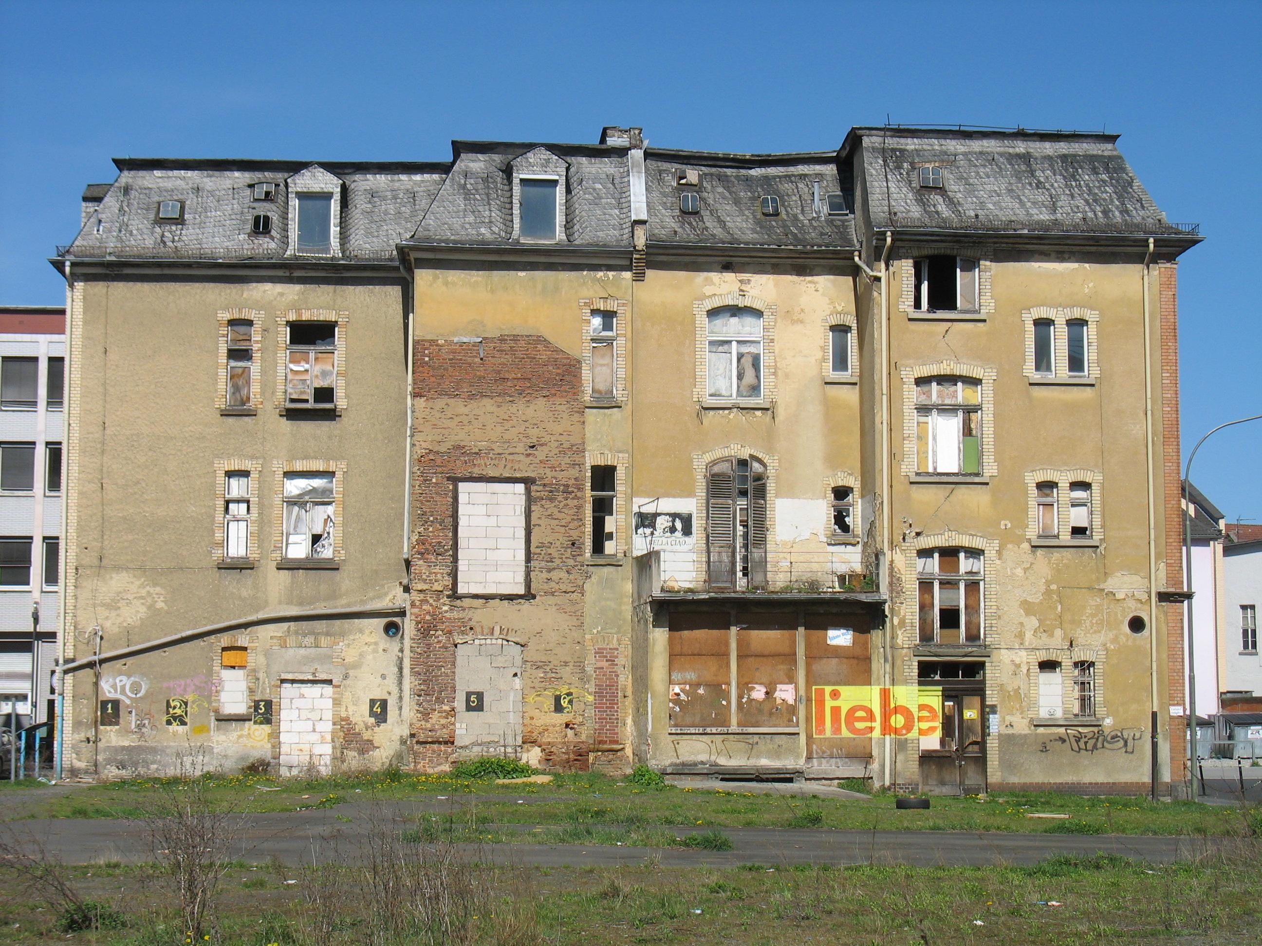 File Giessen Haus Samen Hahn01 2011 04 09 Jpg Wikimedia Commons