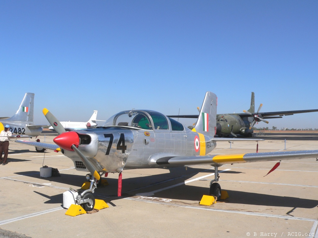 Força aérea Indiana procura terinador básico