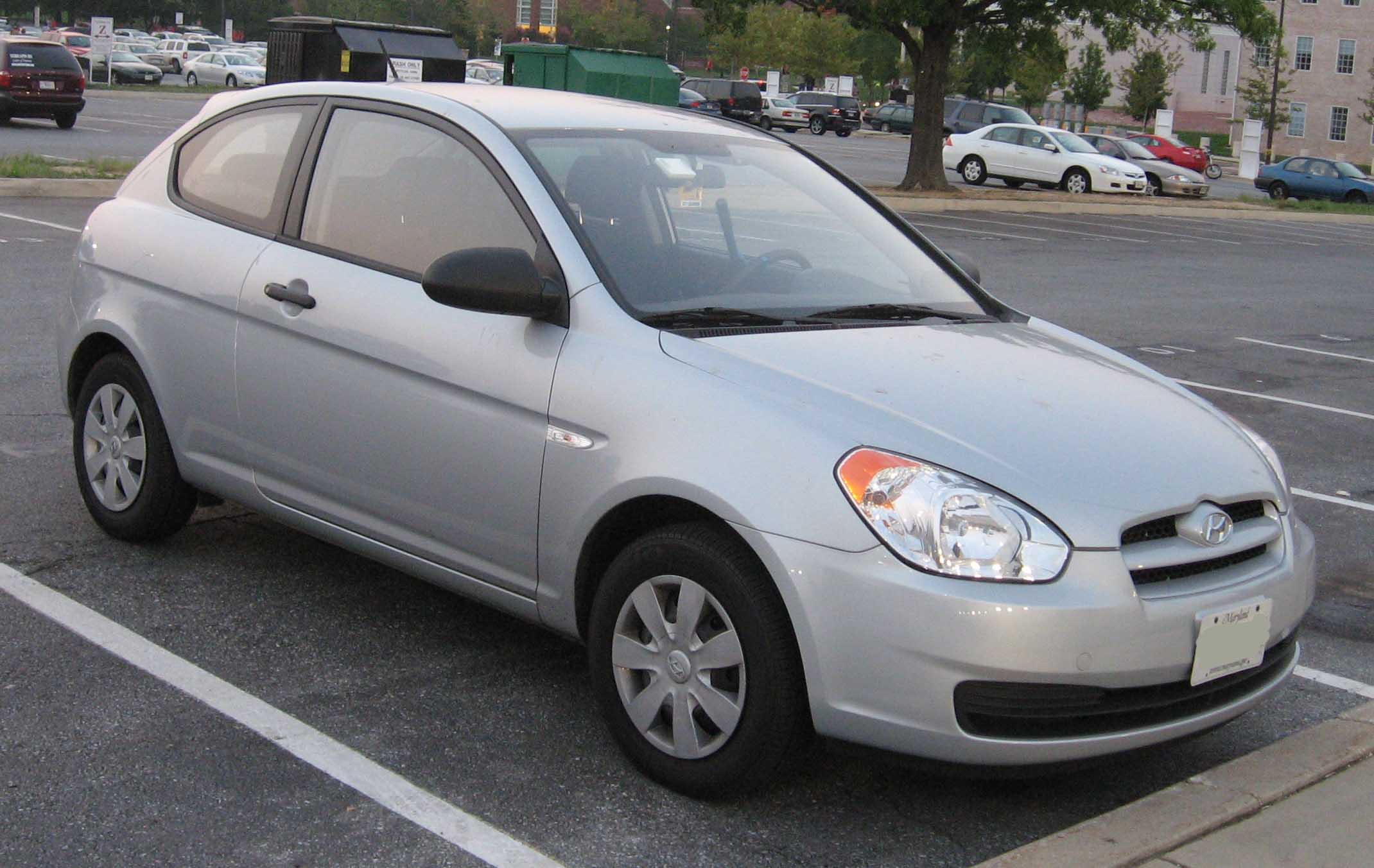 2005 hyundai accent gs hatchback