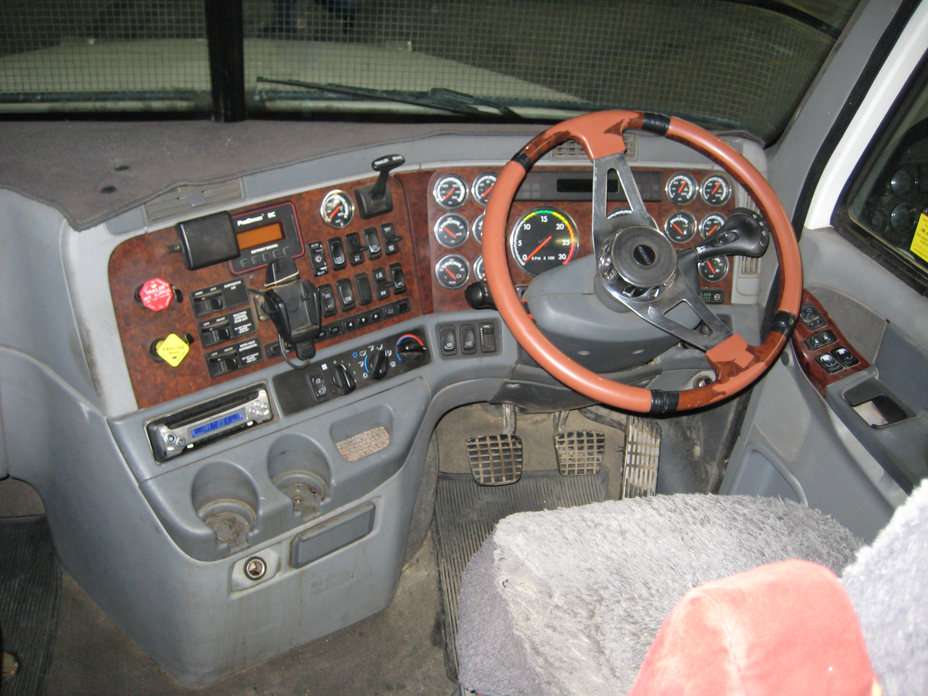 freightliner trucks interior. fileinside freightliner centuryjpg trucks interior