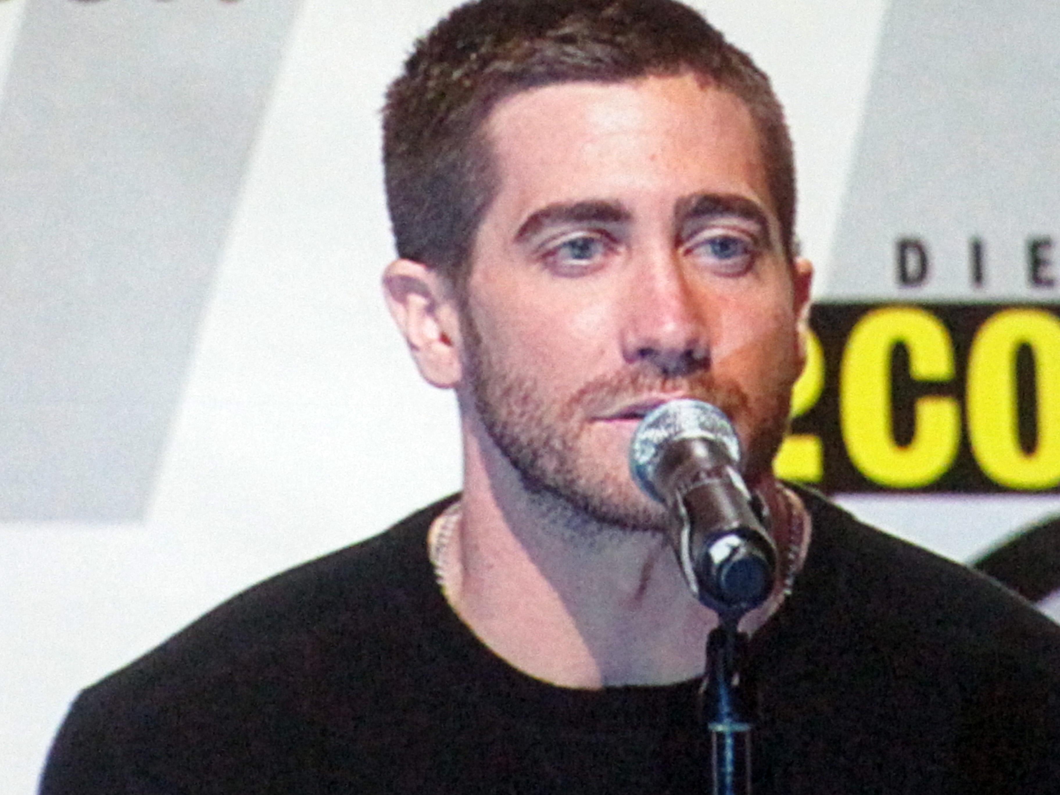 File:Jake Gyllenhaal at WonderCon 2010 3.JPG - Wikimedia ... Jake Gyllenhaal S